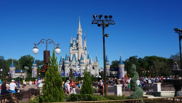 the park was not as crowded on monday and tuesday as id seen it before but by thursday the magic kingdom was overrun with holiday joy seekers - Disneyworld At Christmas Time
